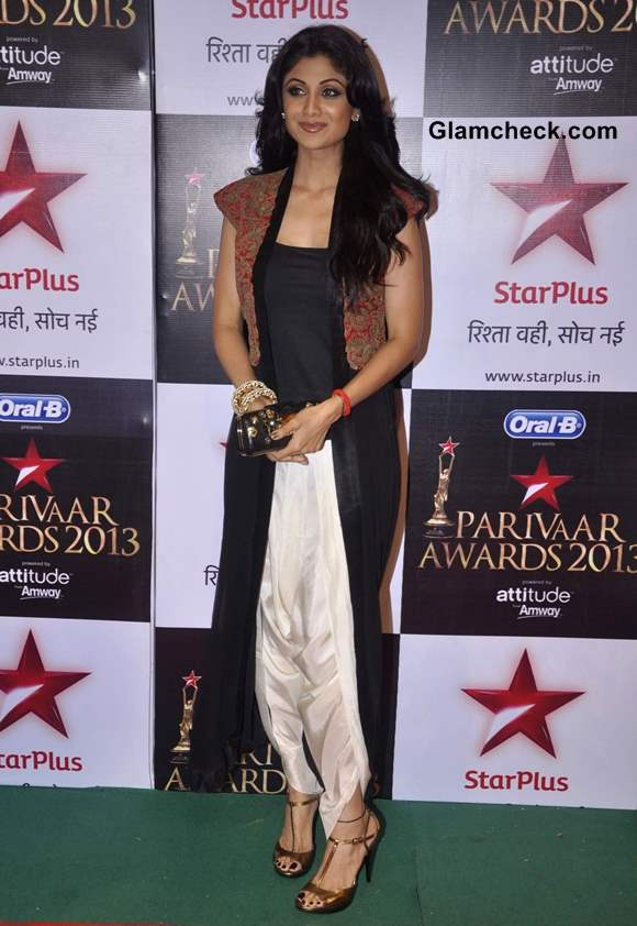 Shilpa Shetty at Star Parivaar Awards 2013