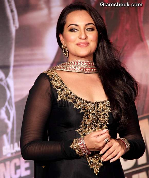 Sonakshi Sinha 2013 Once Upon a Time in Mumbaai Again