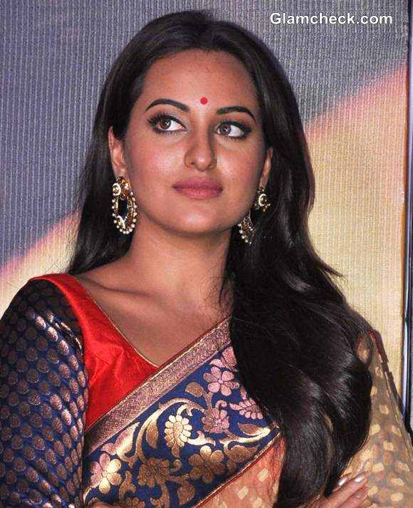 Sonakshi Sinha 2013 pictures Lootera