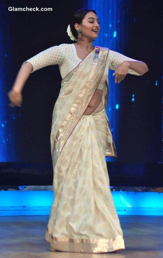 Sonakshi Sinha Indias Dancing Superstar