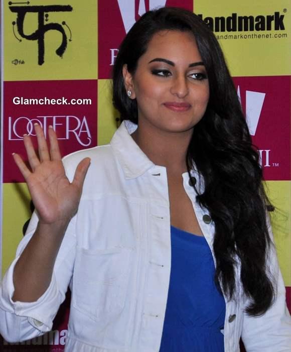Sonakshi Sinha hairstyle 2013