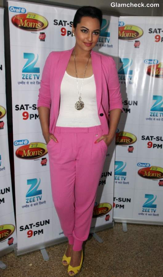 Sonakshi Sinha in Candy Pink Pantsuit