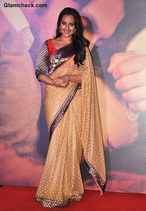 Sonakshi Sinha in Sari 2013 Lootera Music Launch