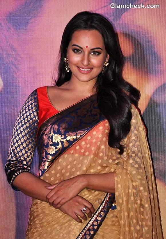 Sonakshi Sinha in Sari 2013 Lootera