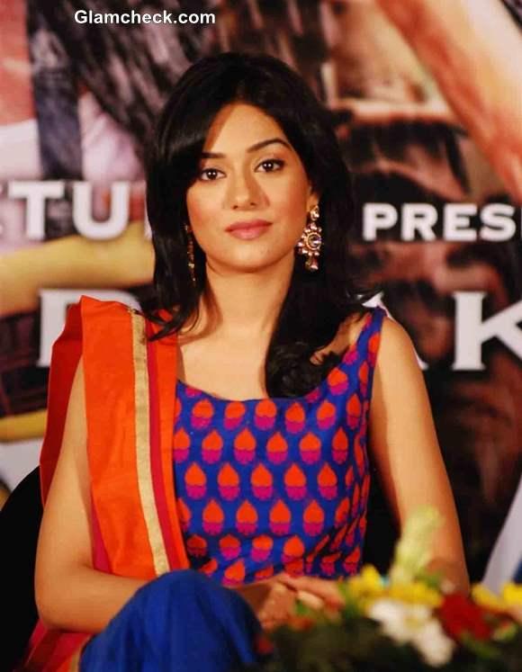 Amrita Rao in Satyagraha movie 2013