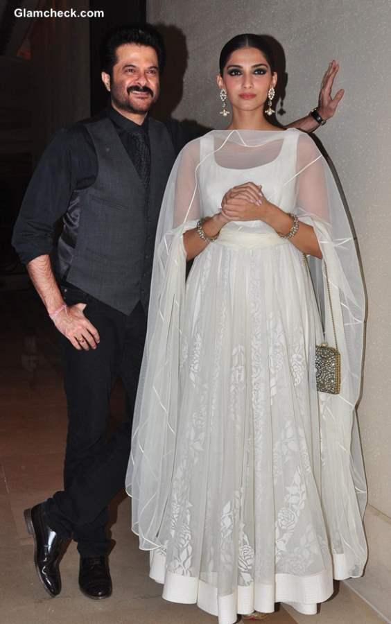 Anil Kapoor with daughter Sonam Kapoor Success Party of Raanjhanaa