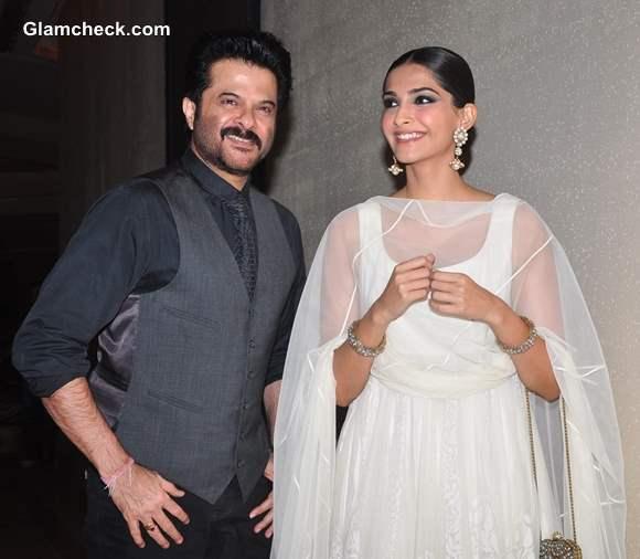 Anil Kapoor with daughter Sonam Kapoor at Success Party of Raanjhanaa