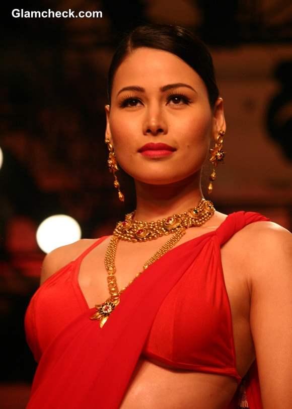 Azva Show India Bridal Fashion Week 2013