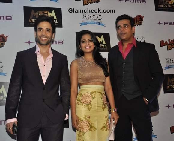 Cast of Bajatey Raho Attend Premiere in Mumbai