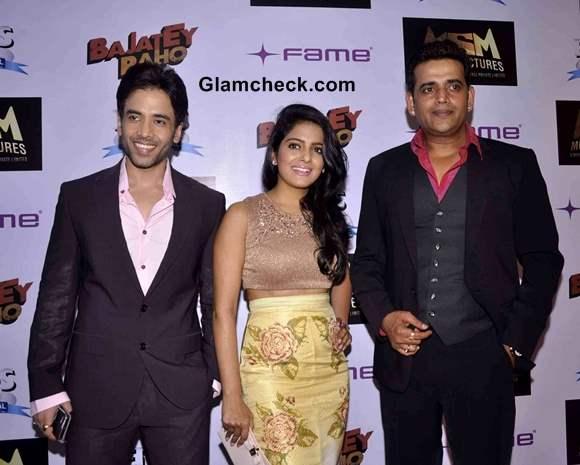 Cast of Bajatey Raho at Premiere in Mumbai