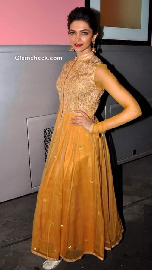 Deepika Padukone 2013 promotes Chennai Express Madhubala Ek Ishq Ek Junoon
