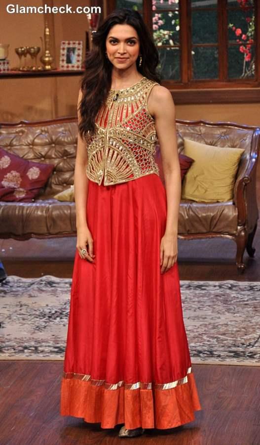 Deepika Padukone in Arpita Mehta outfit at Chennai Express Promo