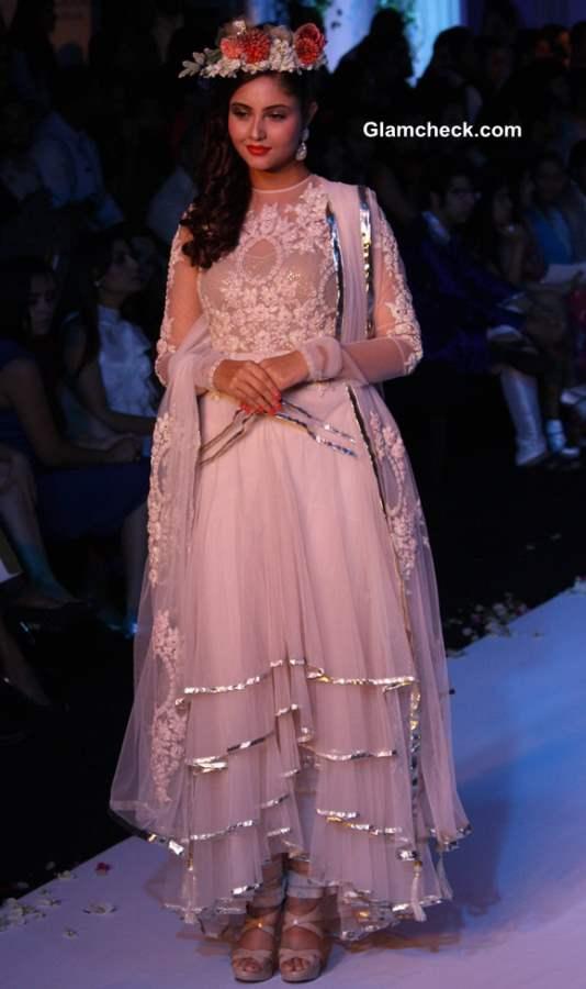 Falguni and Shane Peacock collection India Bridal Fashion Week 2013