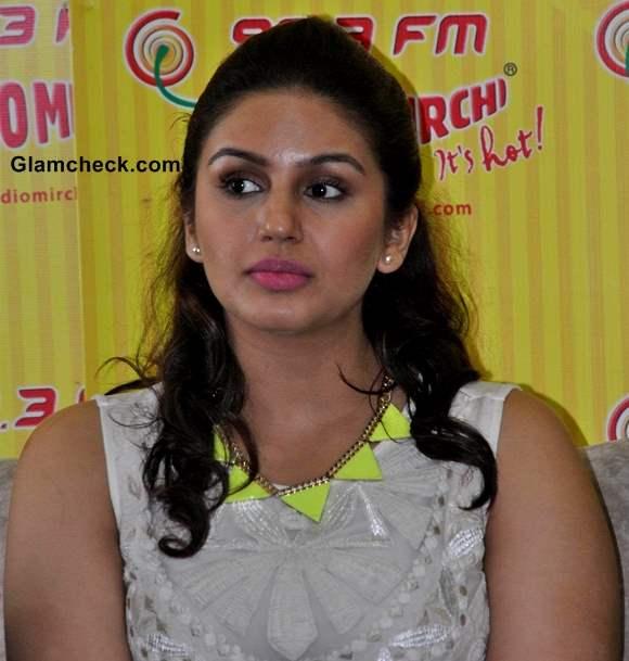 Huma Qureshi Launch D-Day Music on Radio Mirchi