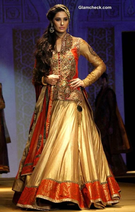 India Bridal Fashion Week 2013 Ashima and Leena Showstopper Nargis Fakhri
