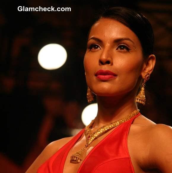 India Bridal Fashion Week 2013 Azva