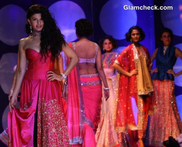 India Bridal Fashion Week 2013 Jyotsana Tiwari Jacqueline Fernandez