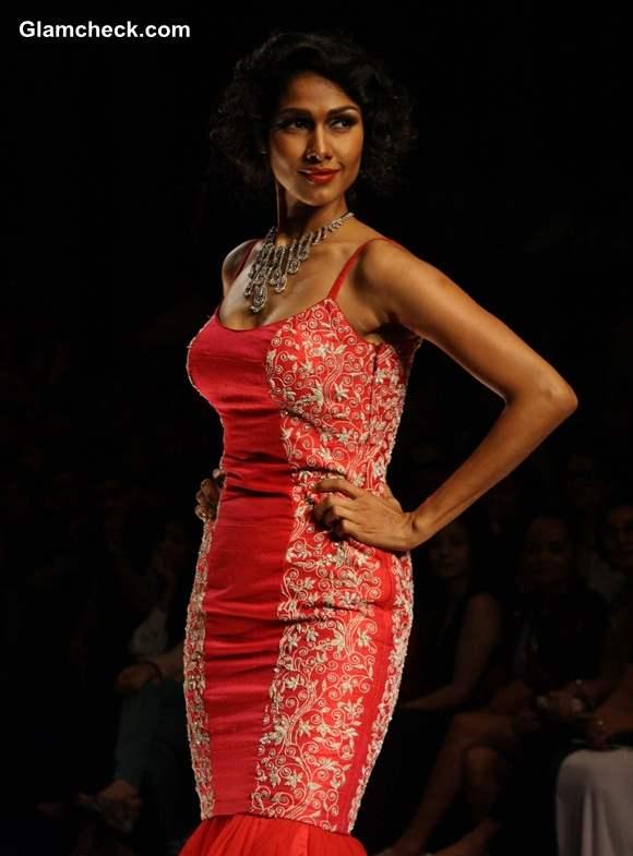 India Bridal Fashion Week 2013 Jyotsana Tiwari collection
