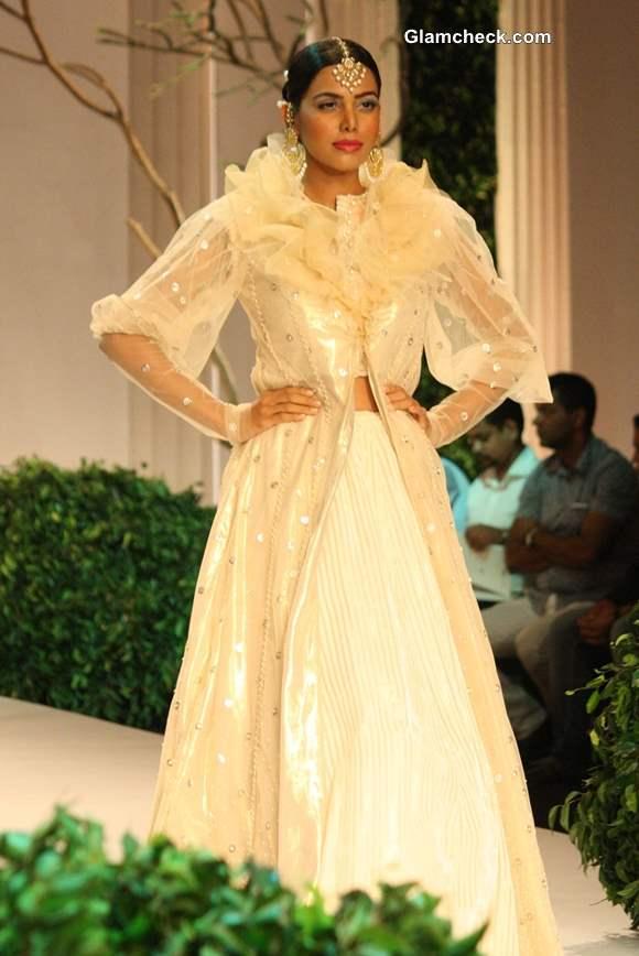 India Bridal Fashion Week 2013 Meera Muzaffar Ali-Contemporary lehengas