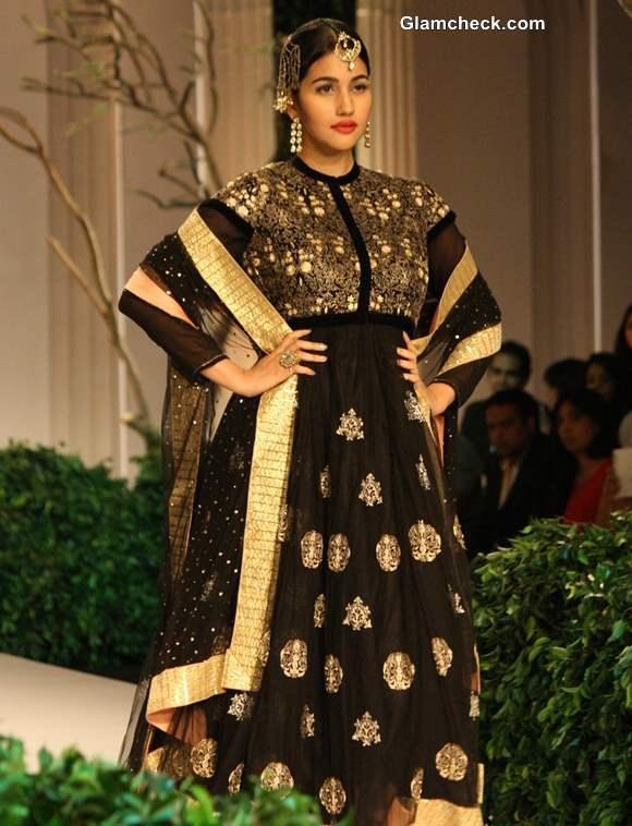 India Bridal Fashion Week 2013 Meera Muzaffar Ali anarkali suits
