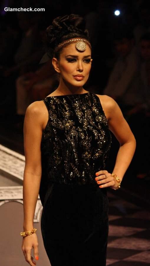 India Bridal Fashion Week 2013 Raghavendra Rathore
