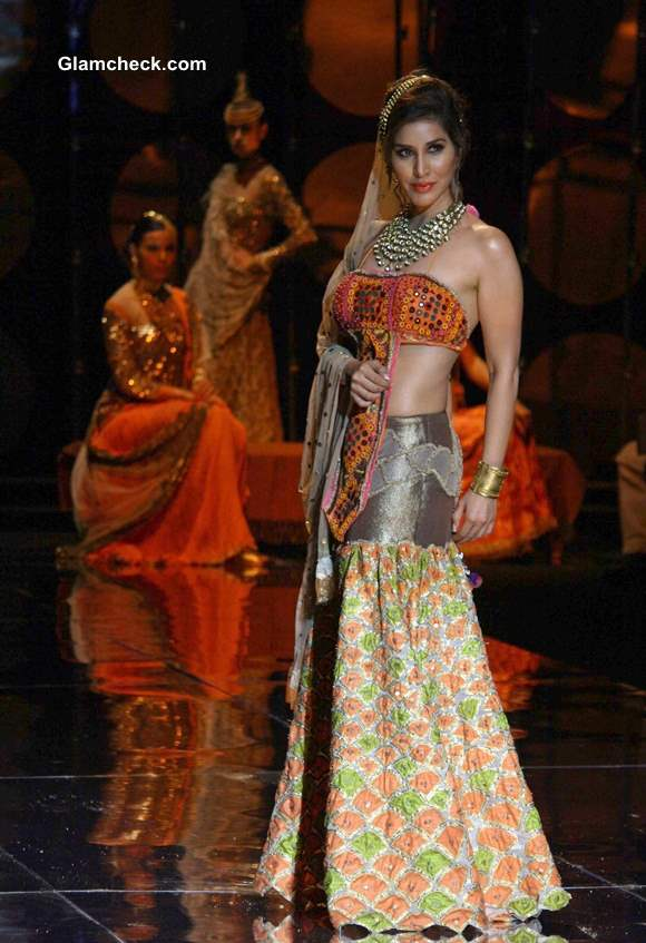 India Bridal Fashion Week 2013 Rina Dhaka showstopper Sophie Chaoudhary