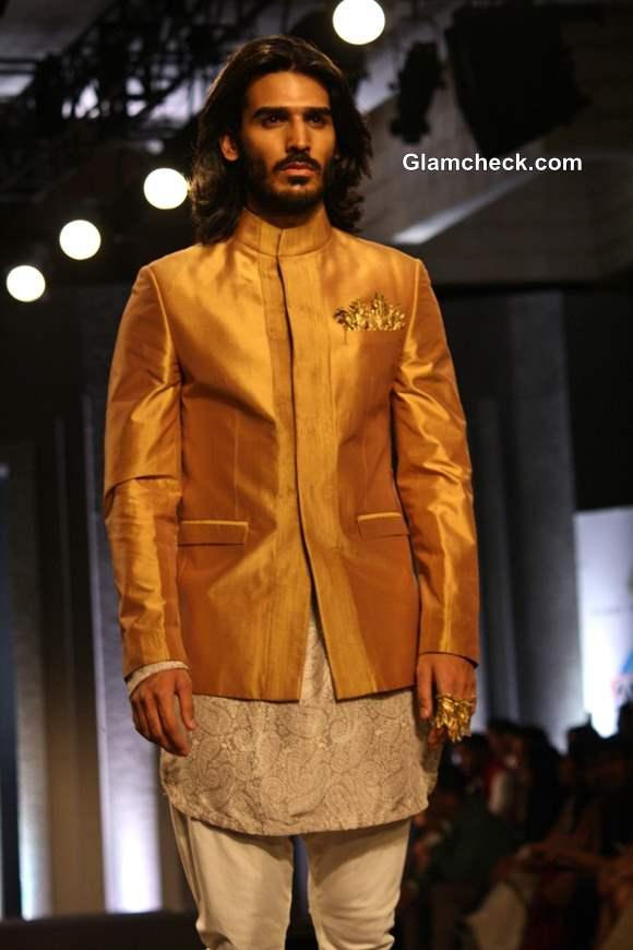 India Bridal Fashion Week 2013 Shantanu Nikhil -2