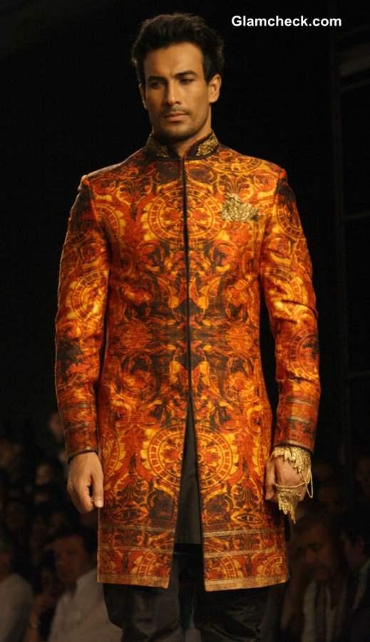 India Bridal Fashion Week 2013 Shantanu and Nikhil grooms collection