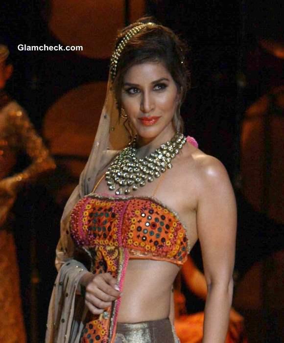 India Bridal Fashion Week 2013 Sophie Choudhary