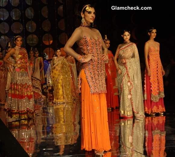 India Bridal Fashion Week day 2 Rina Dhaka show