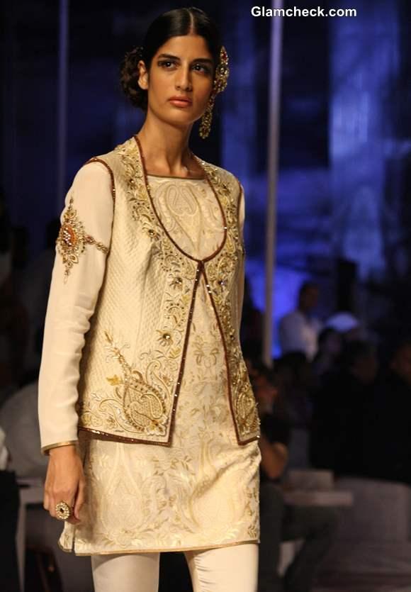 India Bridal Fashion week 2013 JJ Valaya Collection