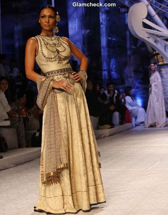 India Bridal Fashion week 2013 day 1 JJ Valaya
