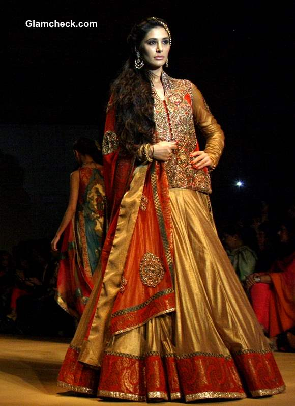 Nargis Fakhri at India Bridal Fashion Week 2013 Ashima Leena