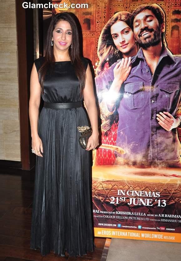 Nishika Lulla at Success Party of Raanjhanaa