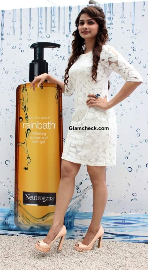 Prachi Desai Rainbath Refreshing Shower Bath Gel launch