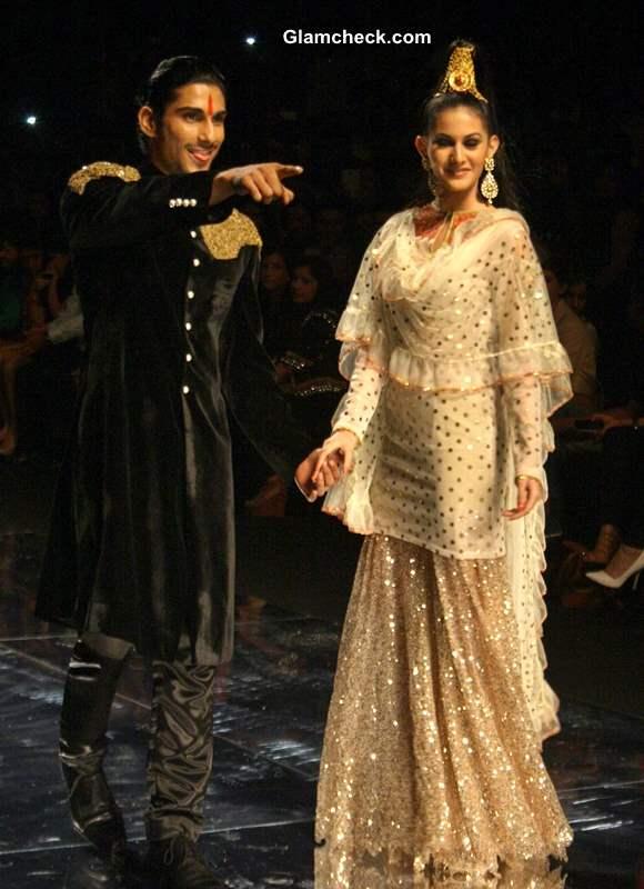 Prateek Babar Amyra at India Bridal Fashion Week Rina Dhaka