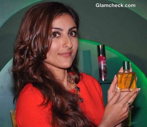 Rene Furterer Comes to India Soha Ali Khan at Product Launch
