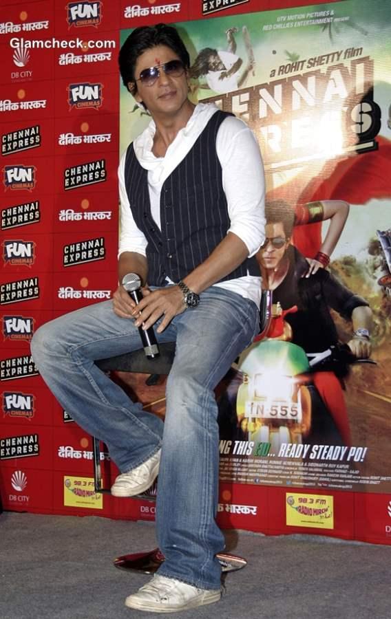 Shahrukh Khan Press Meet Chennai Express Bhopal
