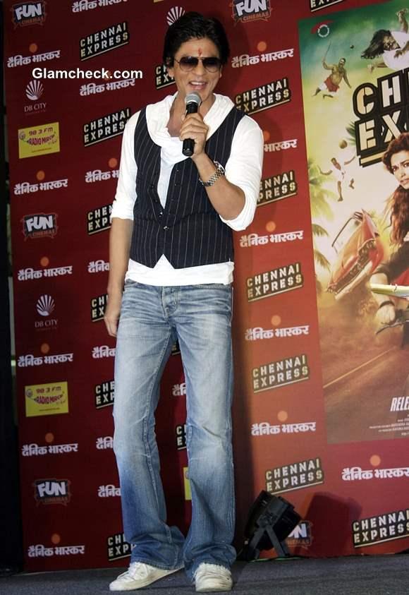 Shahrukh Khan in Bhopal at Press Meet Chennai Express