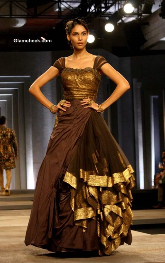 Shantanu and Nikhil Collection India Bridal Fashion Week 2013 Day 1