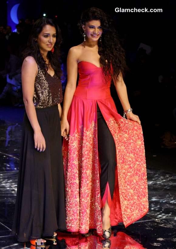 Showstopper Jacqueline Fernandez at India Bridal Fashion Week 2013 Jyotsana Tiwari Show