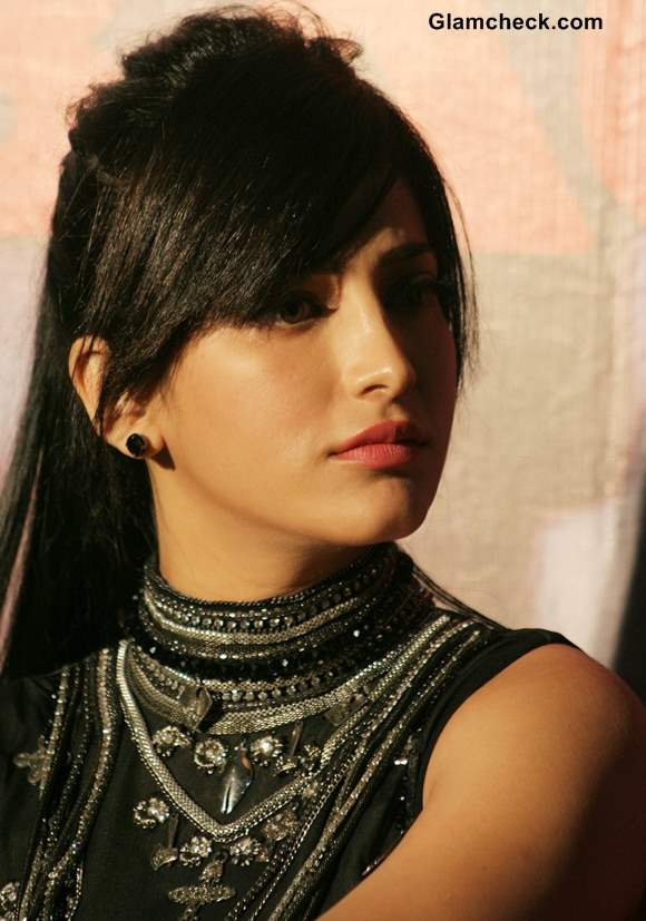 Shruti Hassan in movie D-Day 2013
