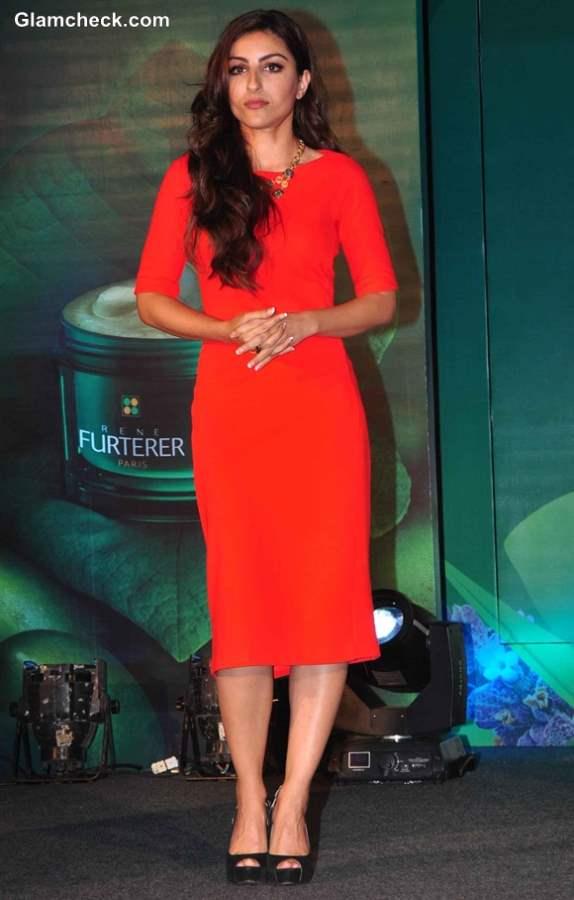 Soha Ali Khan in Zara at Rene Furterer Launch