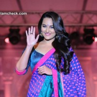 Sonakshi Sinha at Rajguru Fashion Parade Showcased in Bangalore