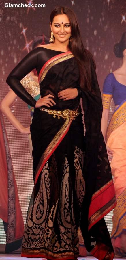 Sonakshi Sinha at Rajguru Fashion Parade in Bangalore