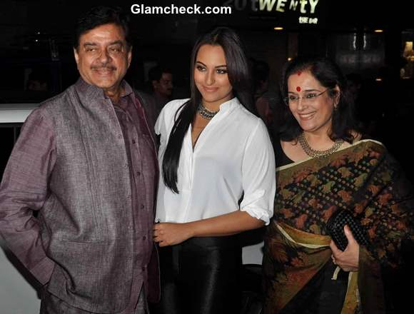 Sonakshi Sinha with father Shatrugan Sinha and mother Poonam Sinha