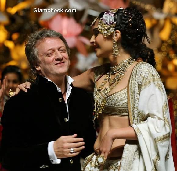Sonam Kapoor for Rohit Bal India Bridal Fashion Week 2013 Day 4