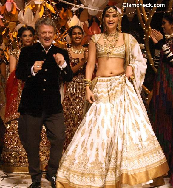 Sonam Kapoor for Rohit Bal at India Bridal Fashion Week 2013 Day 4