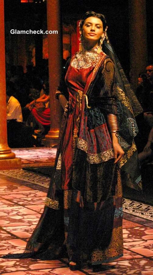 Suneet Varma Collection India Bridal Fashion Week 2013