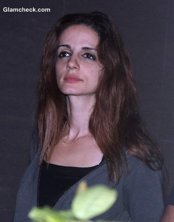 Sussanne Roshan arrive to meet her husband Hirthik Roshan at a city hospital in Mumbai